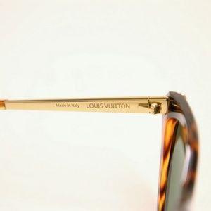 b0643477b97 Louis Vuitton Accessories - Louis Vuitton Emmanuelle Sunglasses Z2360W 91X